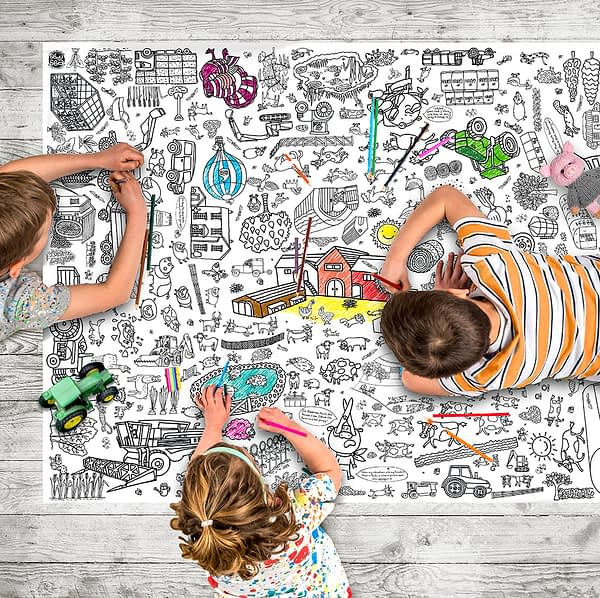 Colour-in giant poster/tablecloth - Farm