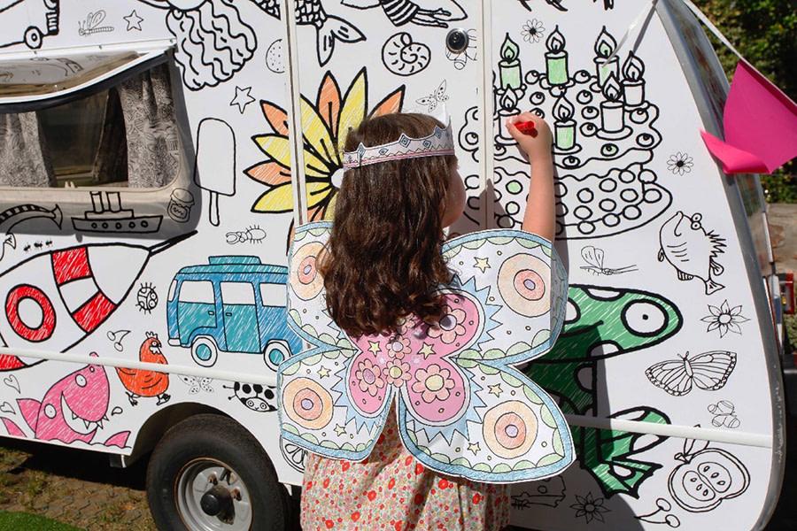 Eggnogg colourin caravan lifestyle 2017 Glentworth fairy exterior