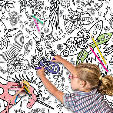 TC10 Colour-in Giant Poster : tablecloth - Unicorns & Fairies low res